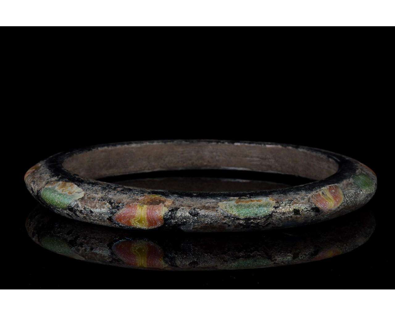 ROMAN GLASS BRACELET - Image 3 of 7