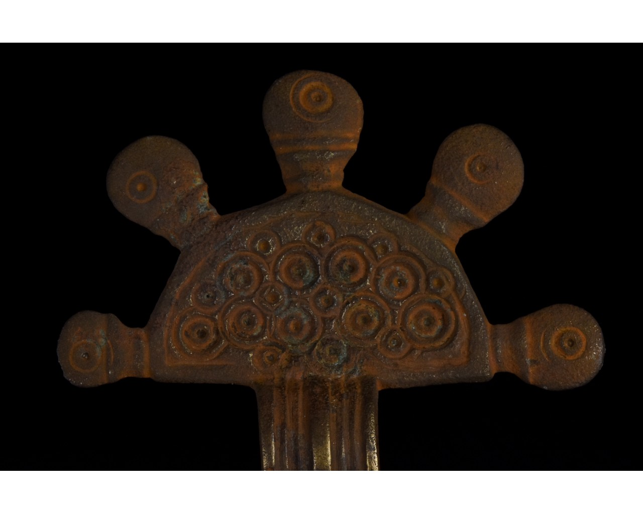 PAIR OF VISIGOTHIC RADIATE HEADED BOW BROOCHES - Image 5 of 8
