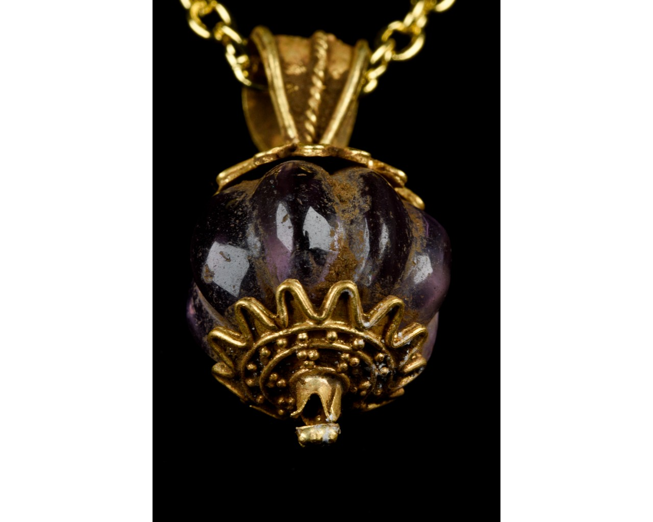 ANCIENT GREEK GOLD PENDANT WITH AMETHYST STONE - FULL ANALYSIS - Image 6 of 8