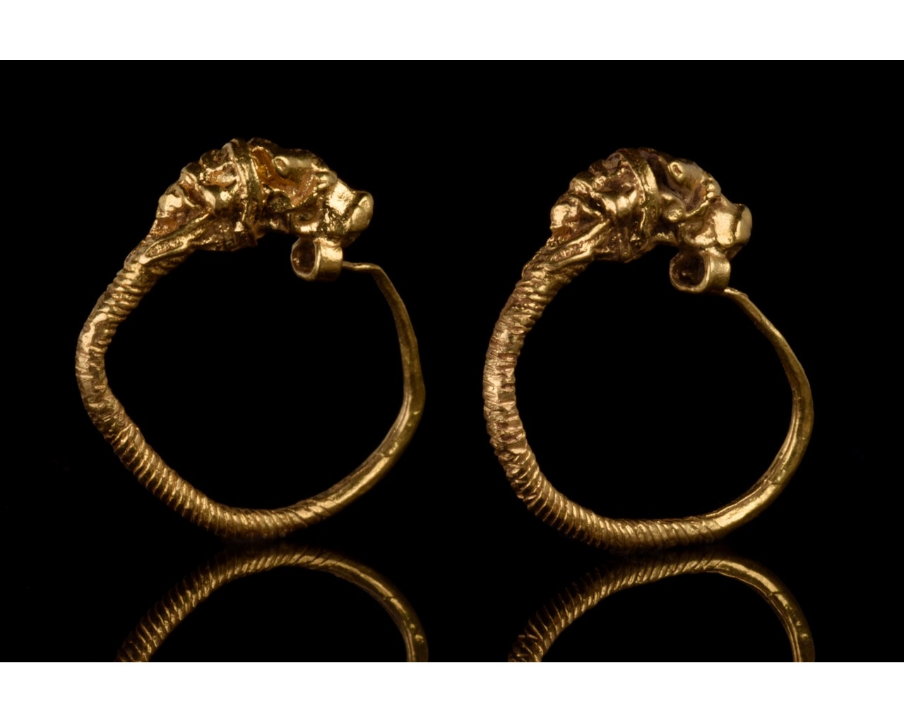 GREEK HELLENISTIC GOLD EARRINGS WITH LIONS - FULL ANALYSIS - Image 3 of 8