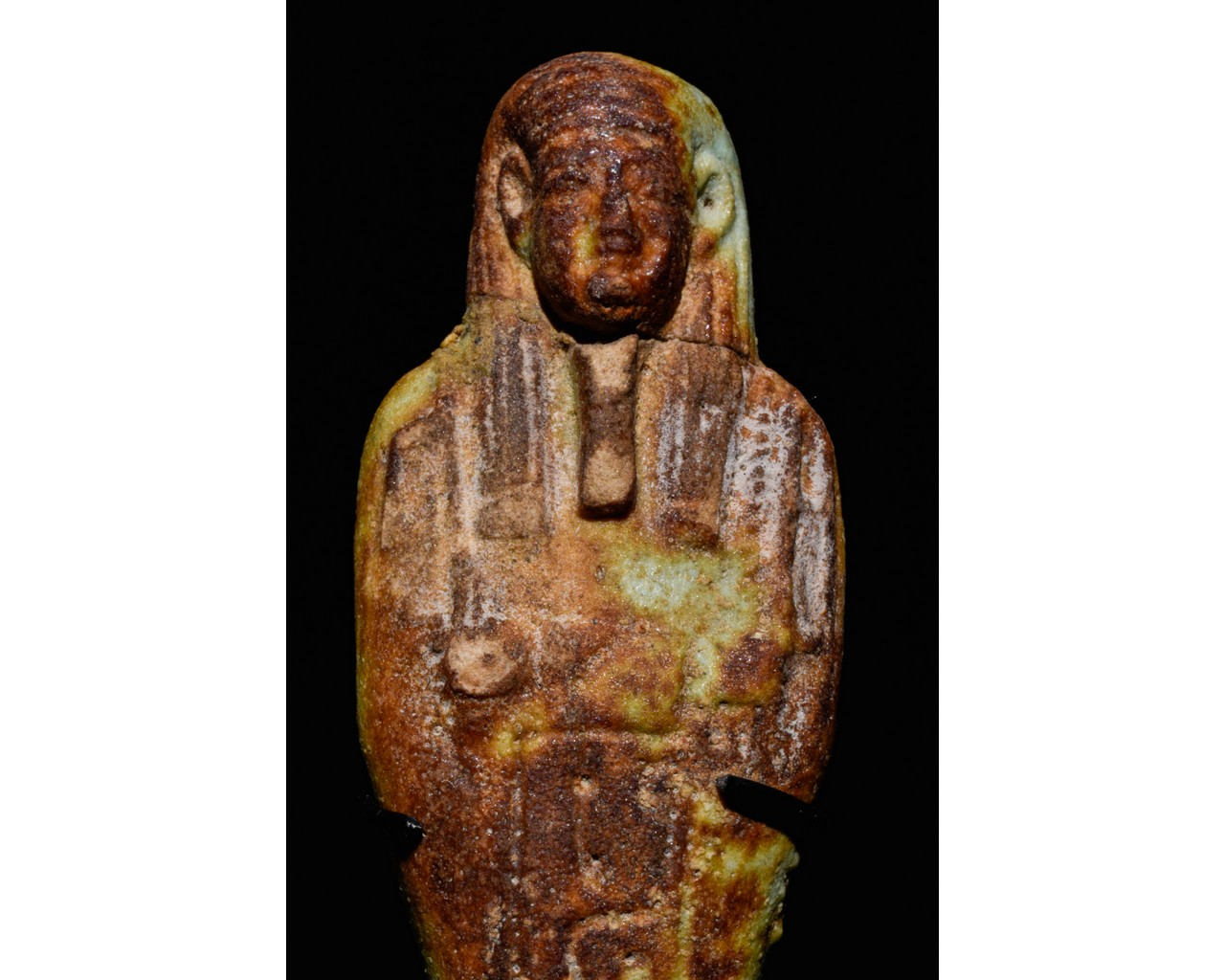 EGYPTIAN FAIENCE SHABTI WITH REDDISH-BROWN AREAS - TRANSLATED - Image 4 of 5