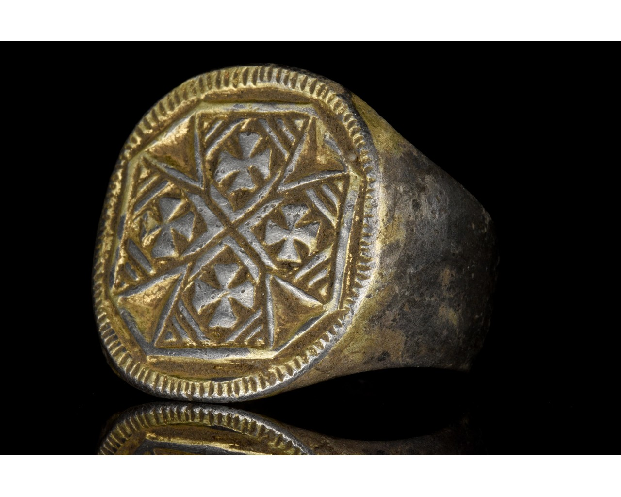 MEDIEVAL SILVER RING WITH MULTIPLE MALTESE CROSSES