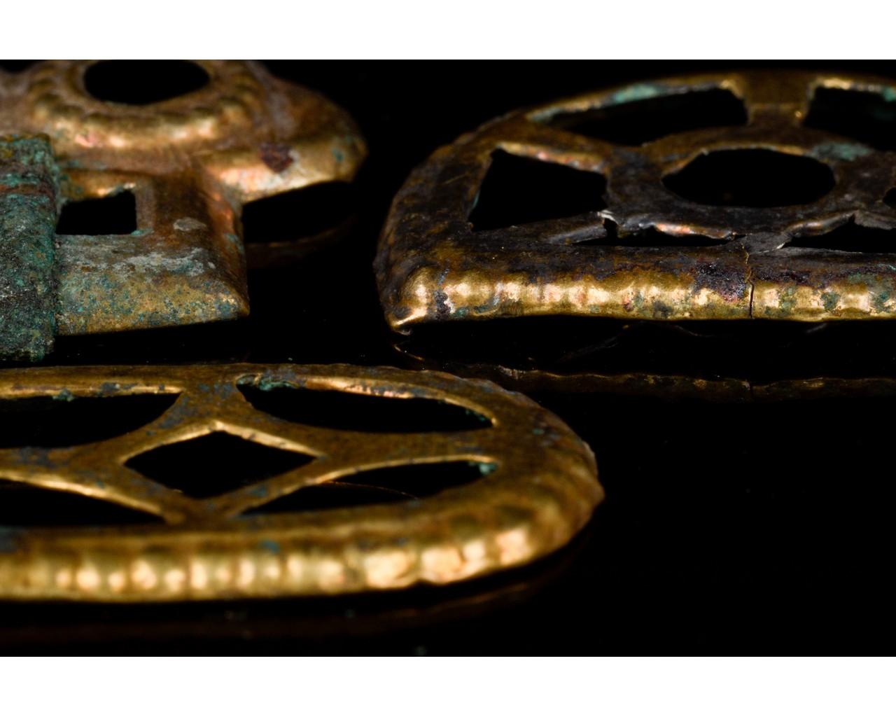 MEROVINGIAN GILDED BRONZE BELT FITTINGS SET - Image 4 of 8