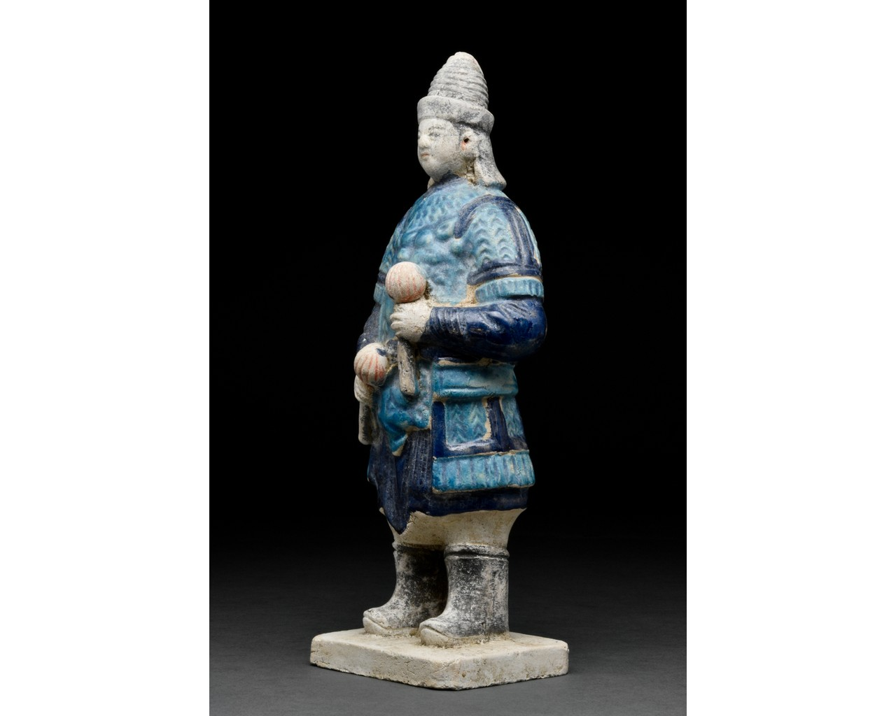 CHINESE MING DYNASTY TERRACOTTA FIGURE - Image 2 of 4