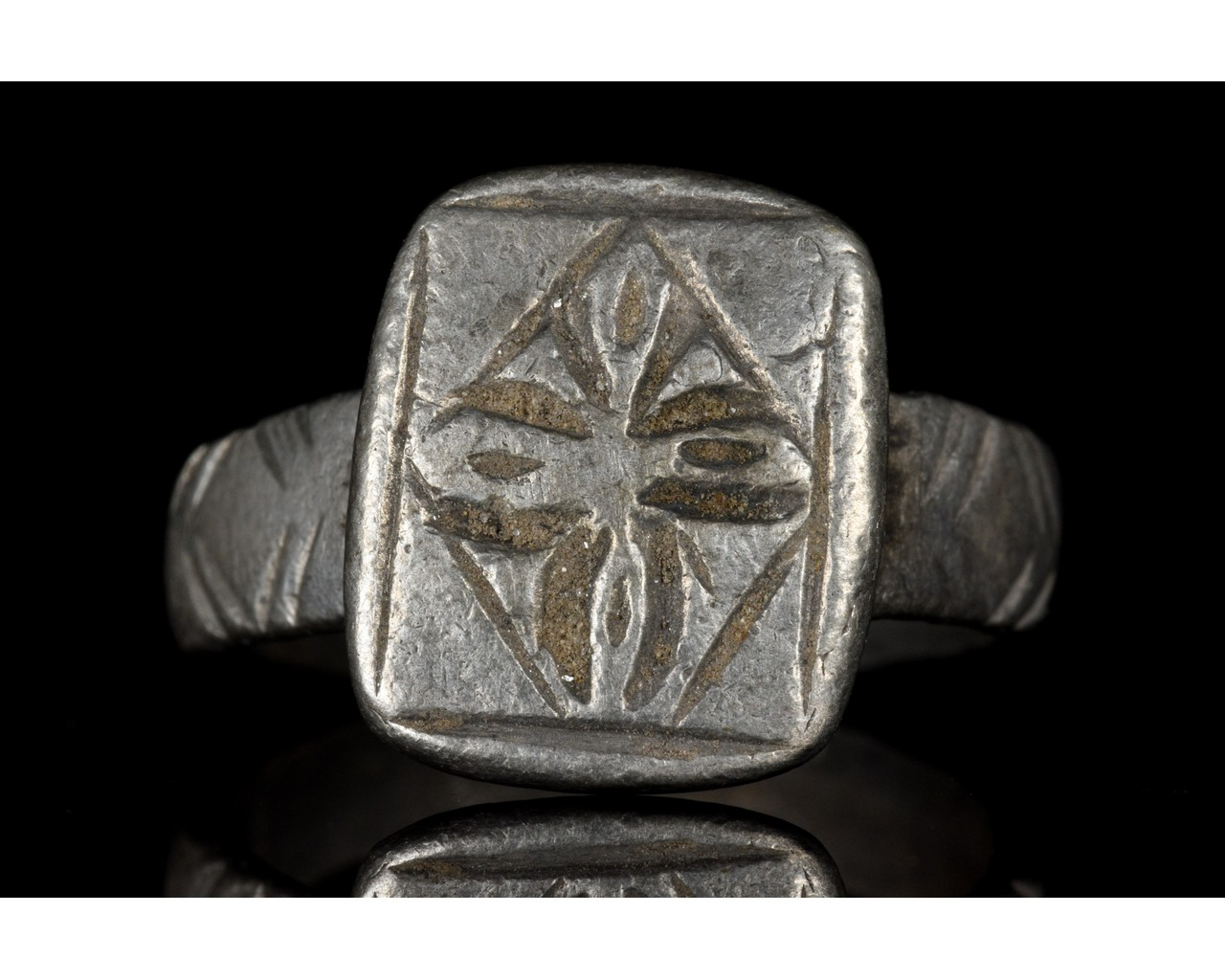 MEDIEVAL SILVER CROSS WITH CROSS - Image 2 of 5