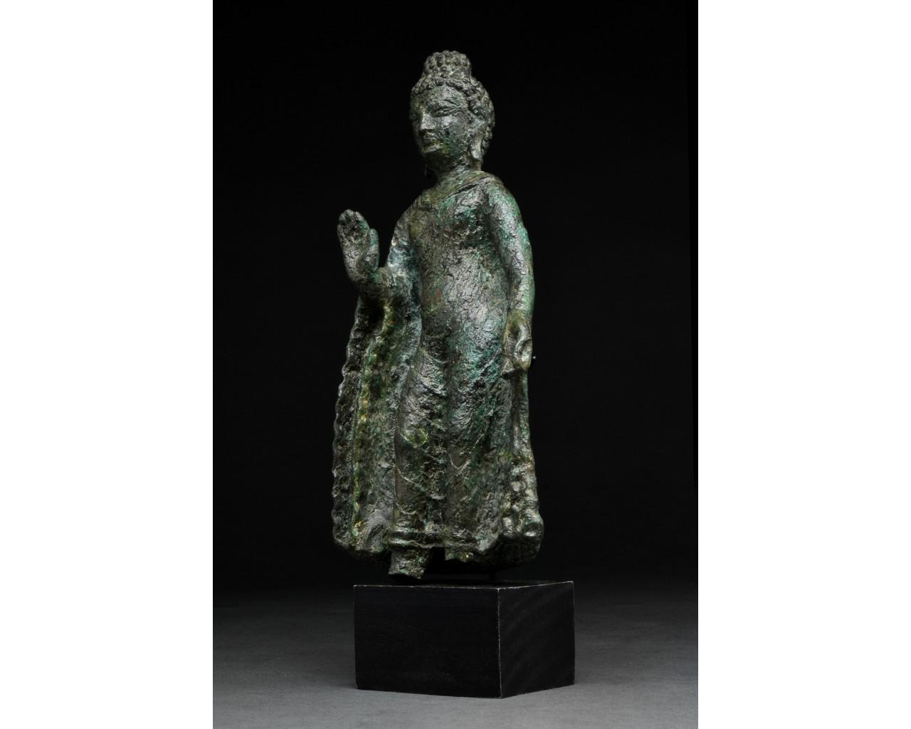 GANDHARA BRONZE FIGURE OF BUDDHA - Image 2 of 5