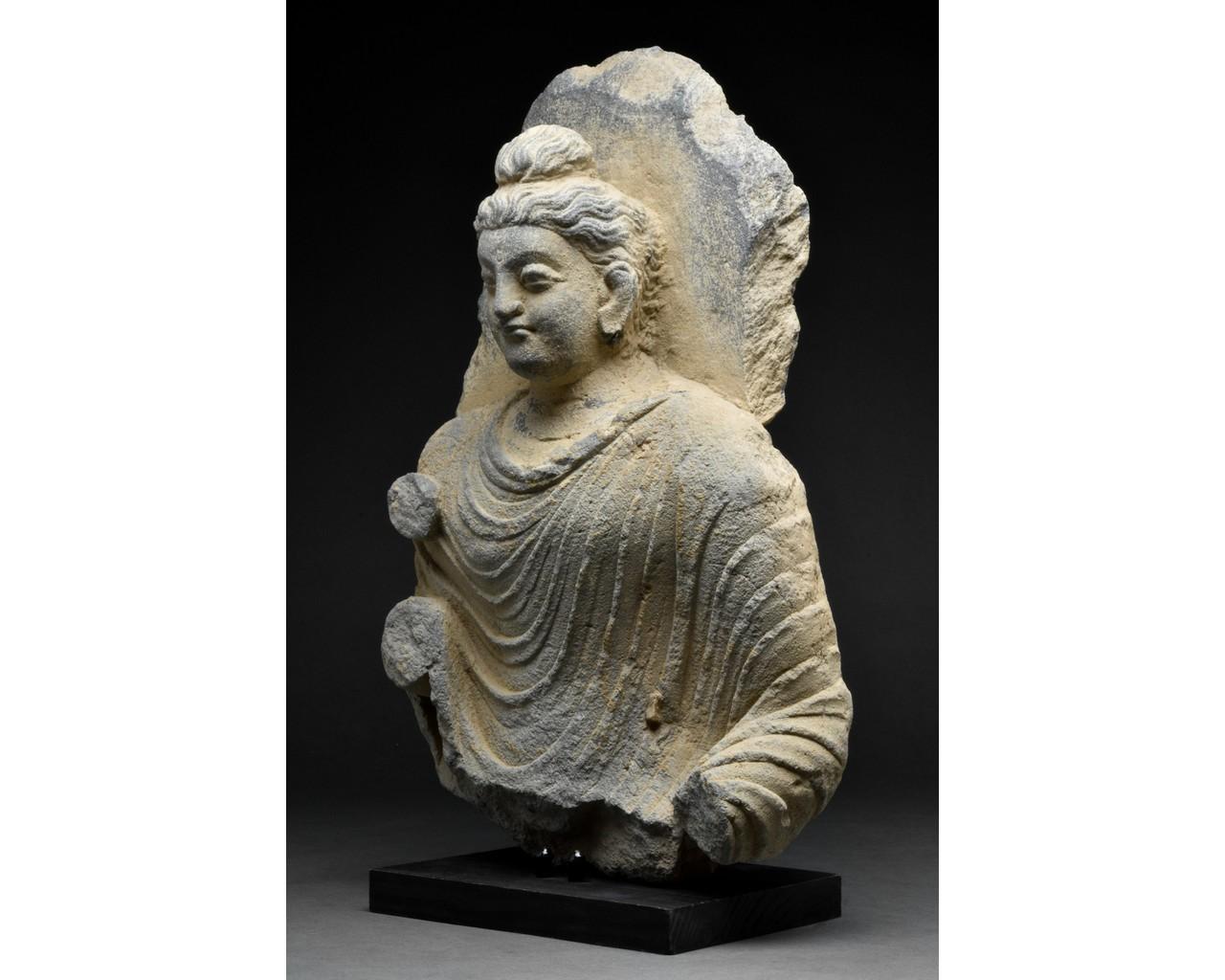 GANDHARA SCHIST TORSO OF BUDDHA - Image 2 of 5