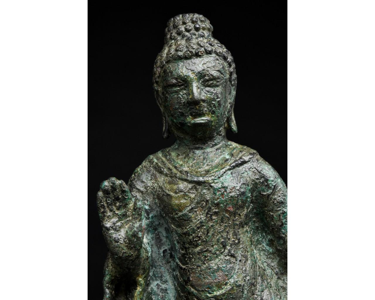 GANDHARA BRONZE FIGURE OF BUDDHA - Image 4 of 5