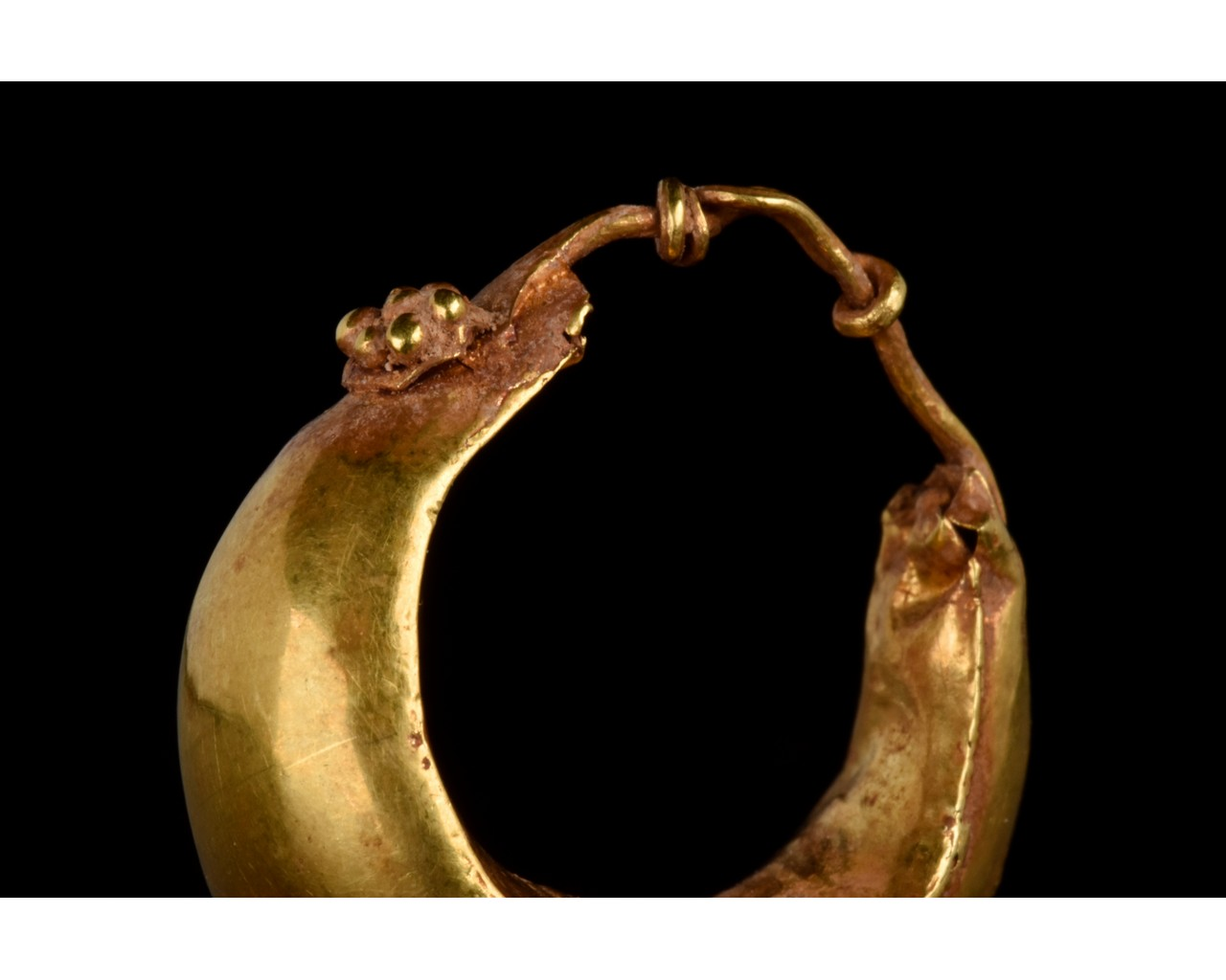 PAIR OF ROMAN GOLD BOAT SHAPED EARRINGS - FULL ANALYSIS - Image 5 of 11