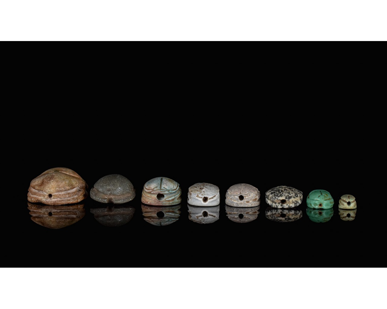 EGYPTIAN GROUP OF EIGHT SCARABS - Image 6 of 6