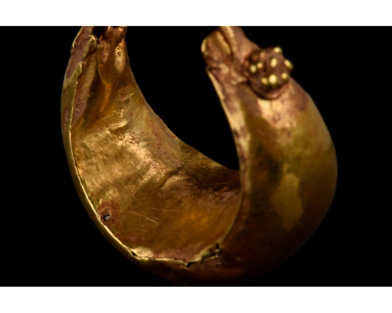 PAIR OF ROMAN GOLD BOAT SHAPED EARRINGS - FULL ANALYSIS - Image 7 of 11