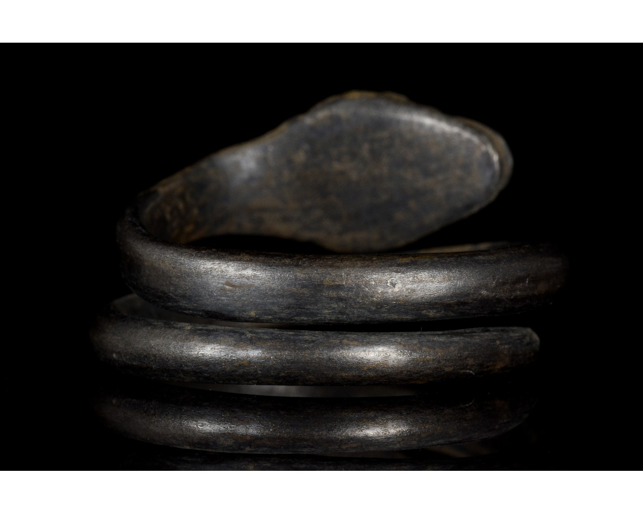 ROMANO-EGYPTIAN SILVER SNAKE RING - Image 4 of 5