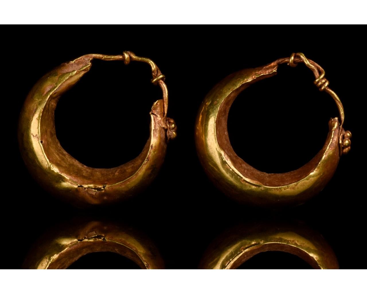PAIR OF ROMAN GOLD BOAT SHAPED EARRINGS - FULL ANALYSIS