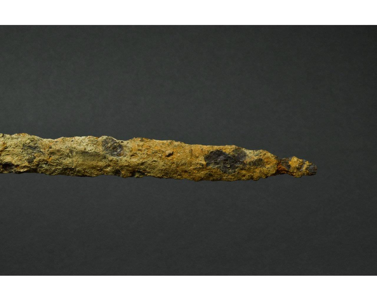 MEDIEVAL MIGRATION PERIOD IRON SWORD - Image 4 of 4