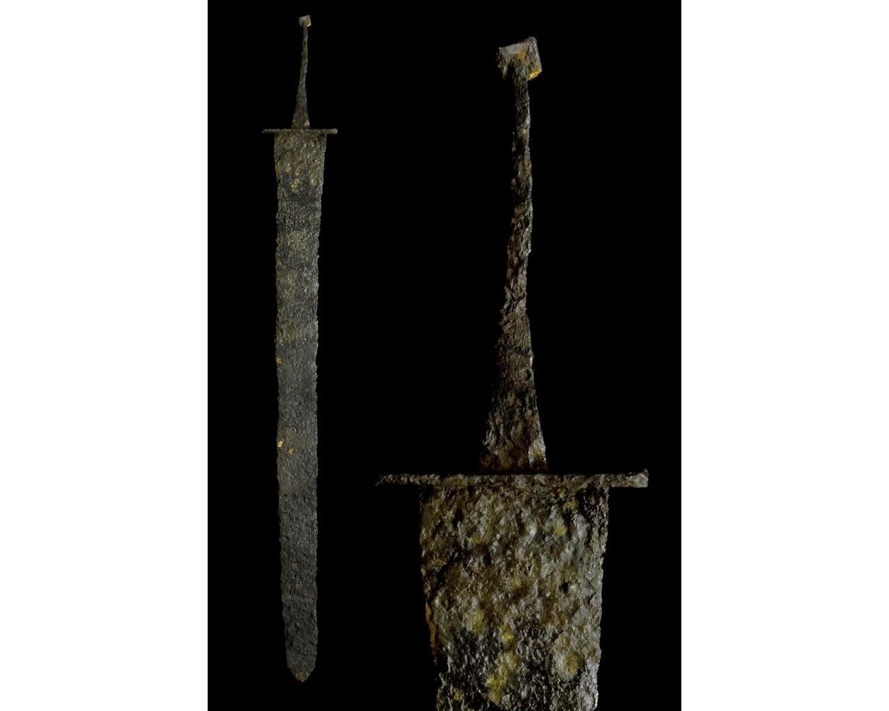 LATE ROMAN IRON SPATHA SWORD