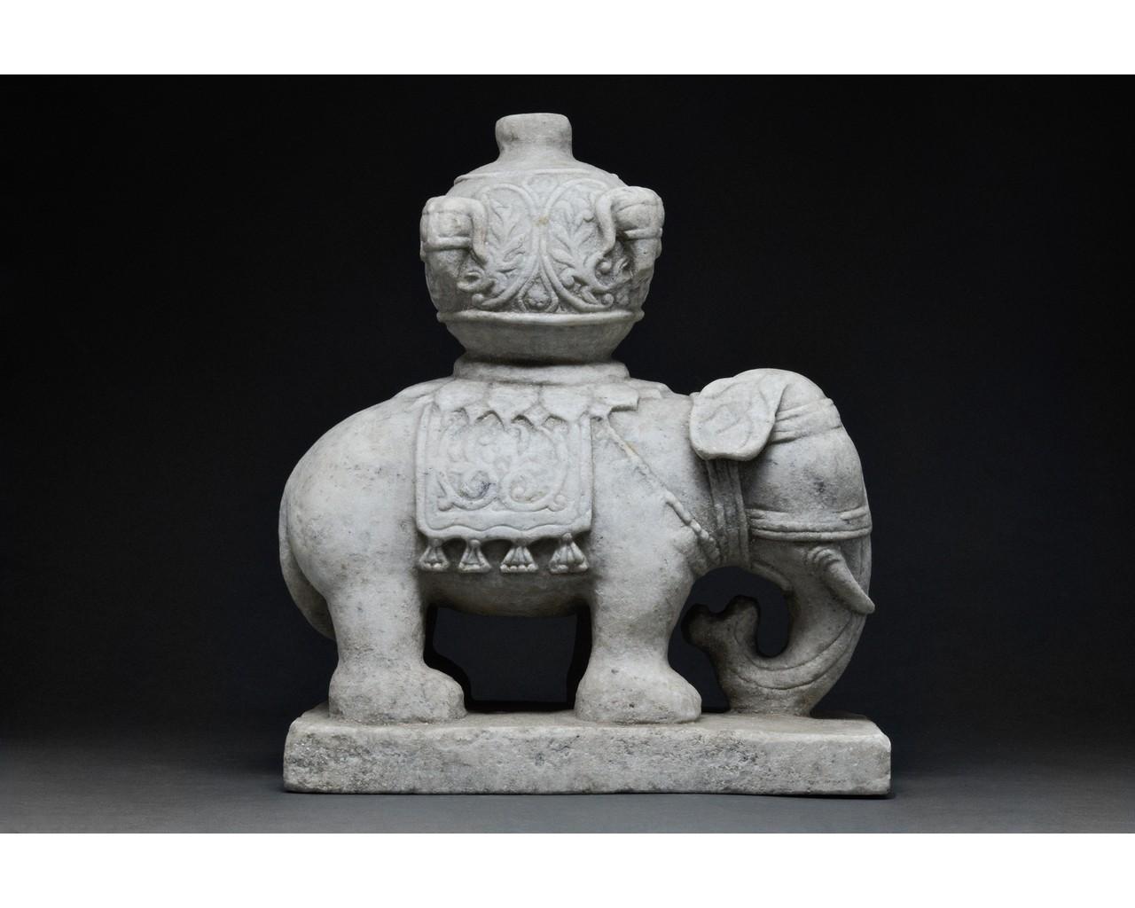 CHINESE MING DYNASTY MARBLE ELEPHANT - Image 2 of 6