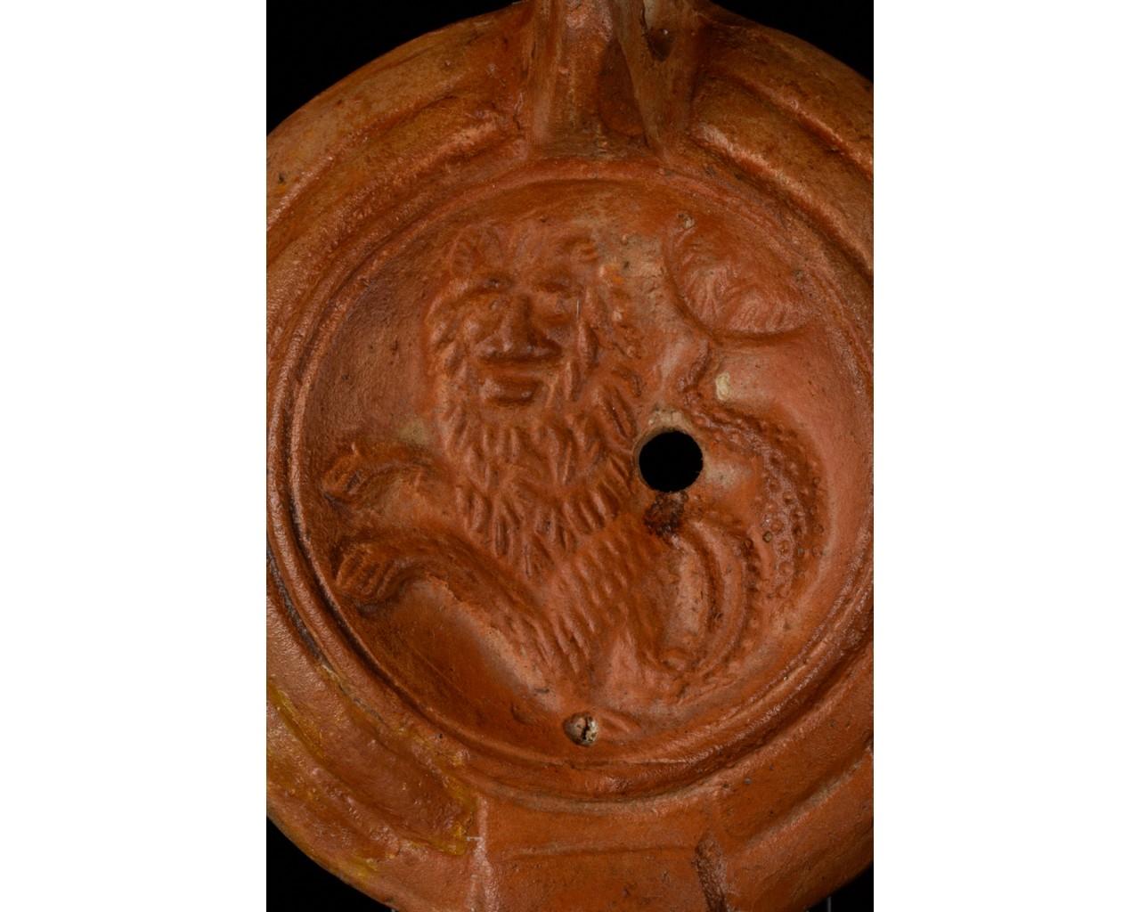 ROMAN TERRACOTTA OIL LAMP WITH CAPRICORN – ORIGINAL PAPERWORK - Image 4 of 7