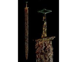 LATE ROMAN IRON SPATHA SWORD WITH BRONZE POMMEL