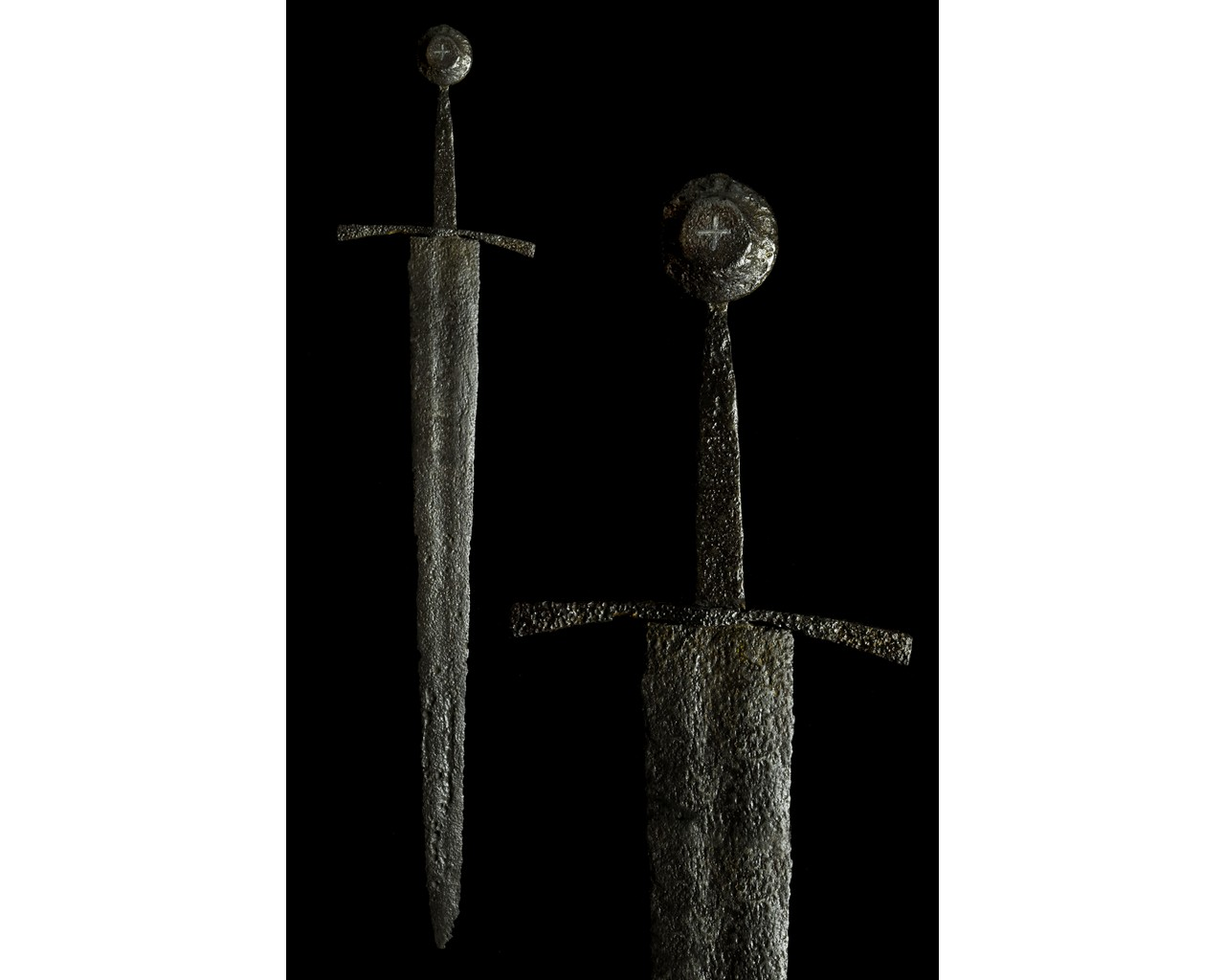 MEDIEVAL IRON SWORD WITH INLAID CROSS