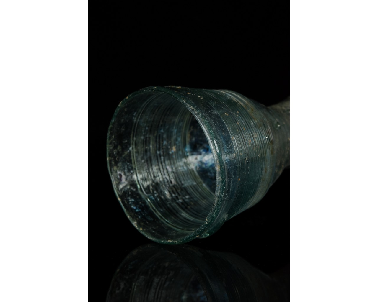 ROMAN GLASS FUNNEL FLASK - Image 8 of 9