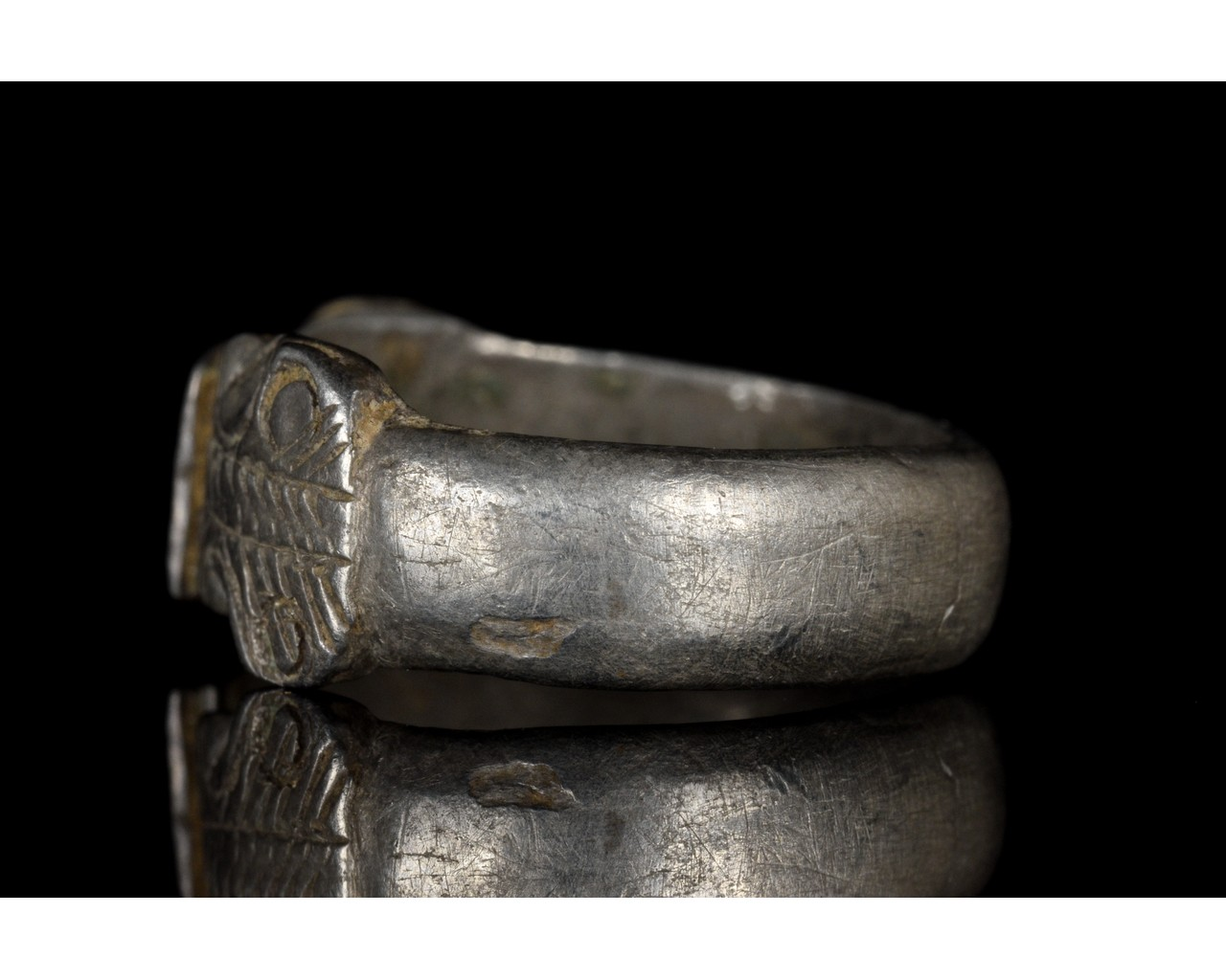 ROMAN SILVER RING WITH SNAKE HEADS - Image 3 of 5