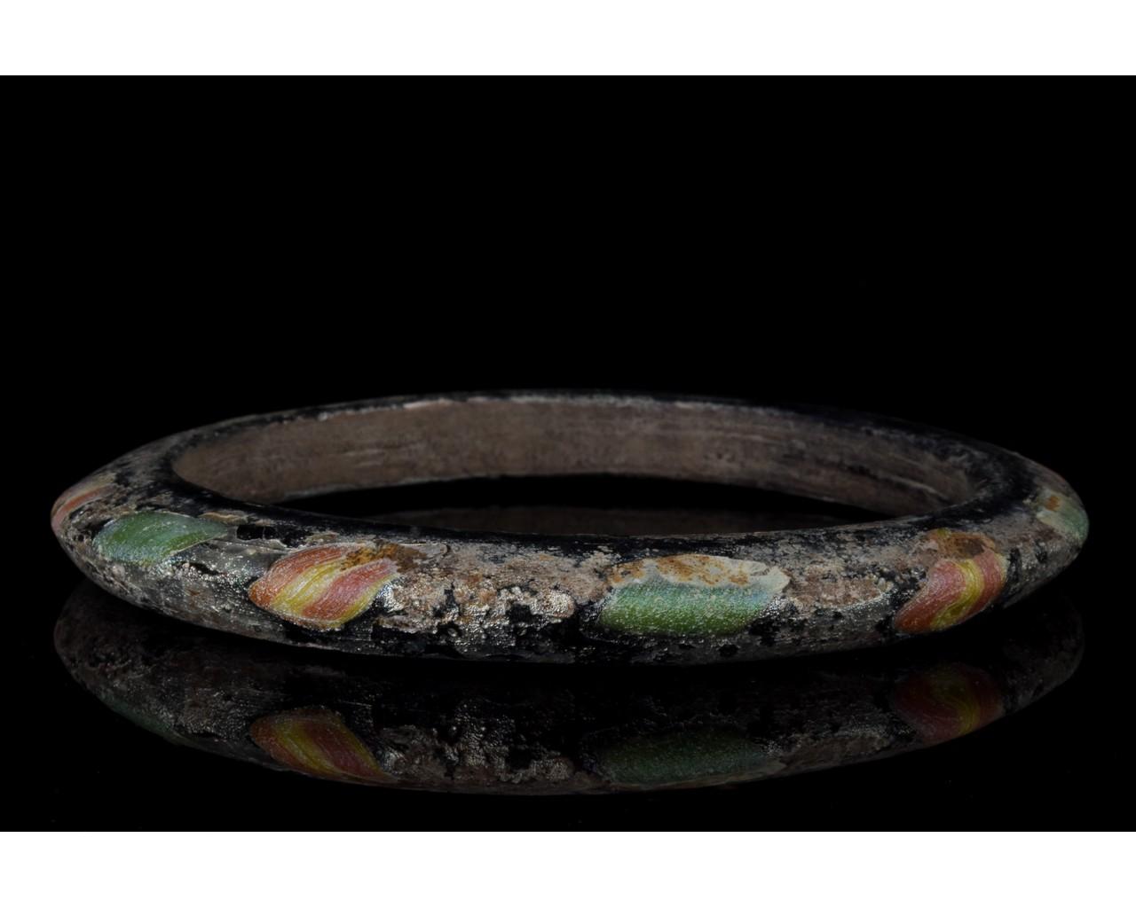 ROMAN GLASS BRACELET - Image 2 of 7