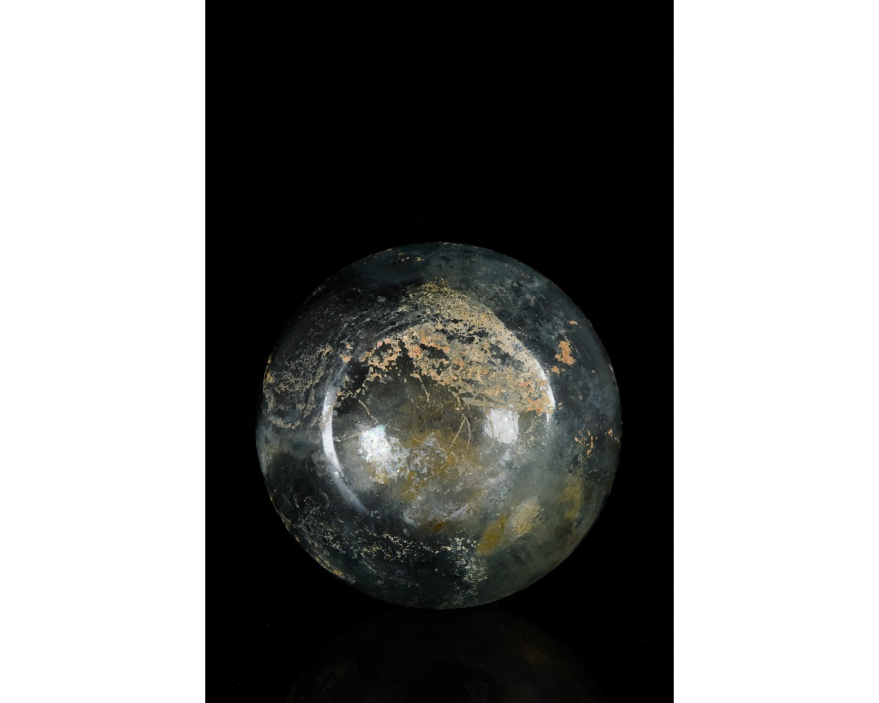 TALL ROMAN GLASS FLASK WITH TRAIL - Image 4 of 8