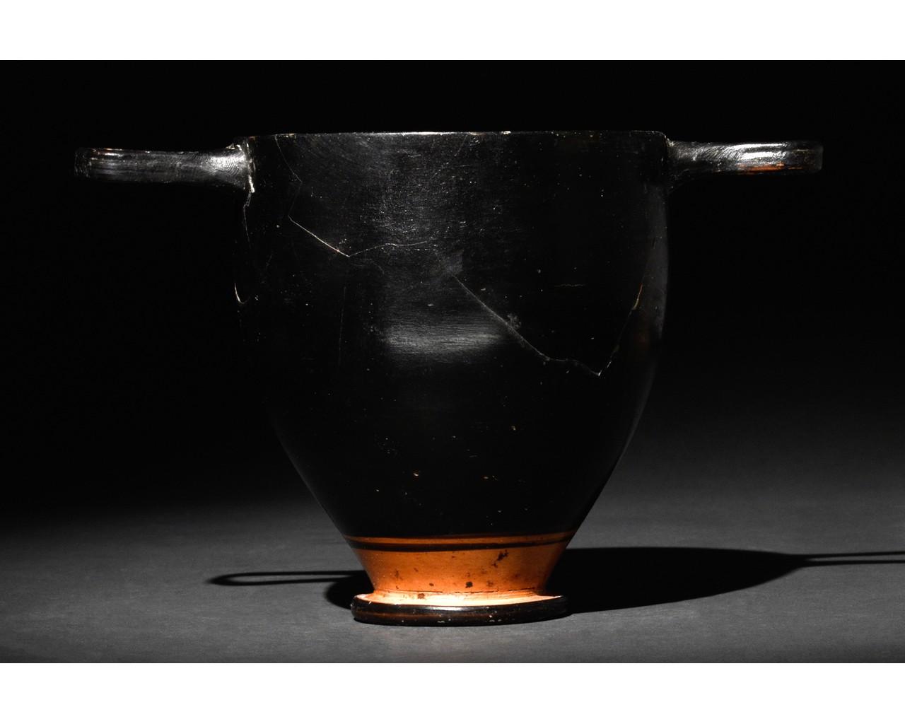 GREEK APULIAN BLACK-GLAZED POTTERY SKYPHOS