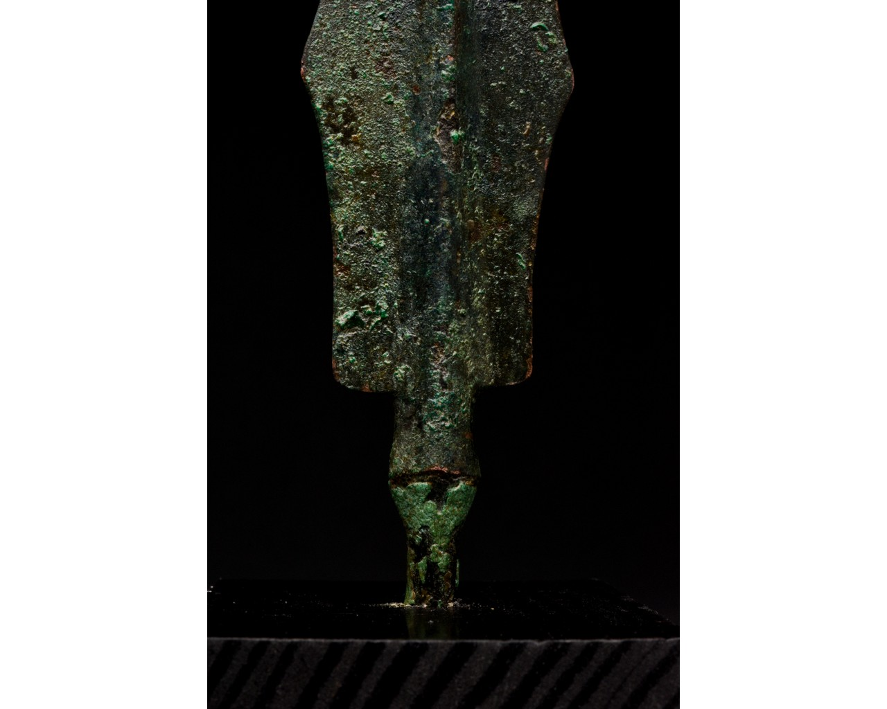 ANCIENT BRONZE SPEAR ON STAND - Image 4 of 6