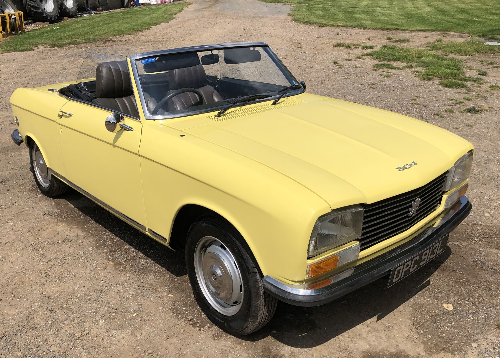 Rare Right Hand Drive Peugeot 304 Convertible, Registration OPC 913L, First Registered 2nd - Image 20 of 48