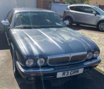Daimler V8 4.0 LWB X308 (1997), Registration R3 GRN, First Registered 22nd October 1997, MOT Expires
