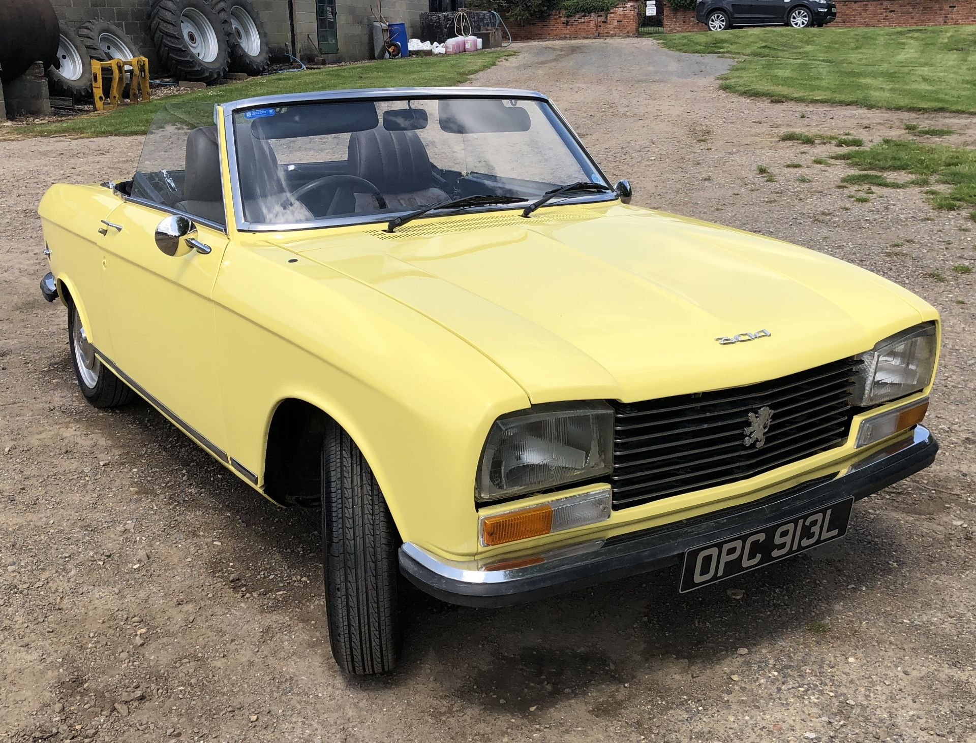 Rare Right Hand Drive Peugeot 304 Convertible, Registration OPC 913L, First Registered 2nd - Image 15 of 48