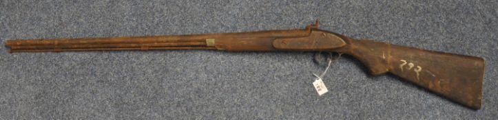 19th Century muzzle loading percussion sporting gun, having 80cm barrel, steel ramrod and semi-