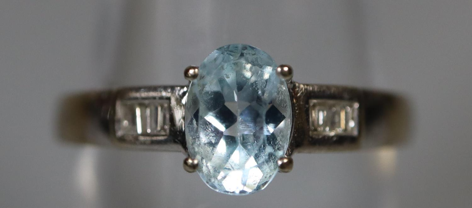 9ct white gold aquamarine and diamond ring. Ring size M. Approx weight 2 grams. (B.P. 21% + VAT) - Image 2 of 3