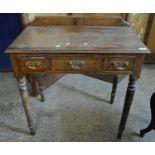 Small oak three drawer side table on tapering turned legs. (B.P. 21% + VAT)