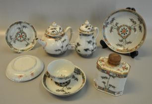 An early 18th Century Chinese porcelain 'Kangxi' style 'famille verte' part tea service