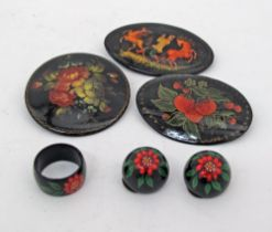 Russian lacquer jewelry