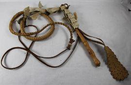 ungarische HirtenpeitscheUngarn, lange Hitenpeitsche, Lederzierstücken mit Stanzungen, Hands