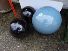 Glazed Garden Decorative Spheres