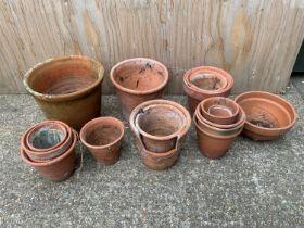 Quantity of Terracotta Flowerpots
