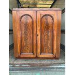 Victorian Mahogany Linen Press - 120cm W x 130cm H