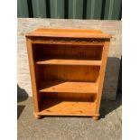 Pine Bookshelf on Bun Feet - 83cm x 106cm