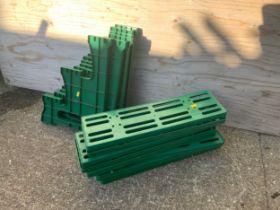 Plastic Plant Staging