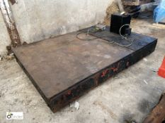 Floor Scale, 1240mm x 1240mm, with digital read out (please note this lot has a lift out fee of £