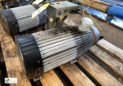 Kew Electric Motor, 5.5kw (please note this lot has a lift out fee of £5 plus vat)