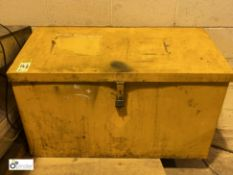 Steel Flammables Chest (LOCATION: Wakefield) (please note there is a lift out fee of £2 plus VAT