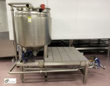 Stainless steel Heated Vessel with stainless steel frame and pipework (please note there is a lift
