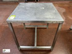 Stainless steel Preparation Table, 760mm x 760mm x 800mm high (please note there is a lift out fee