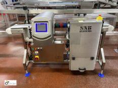 Mettler Toledo Safeline Metal Detector, belt width 200mm, aperture 250mm x 150mm, year 2015,