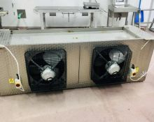 Chiller Unit with 2 Hydor fans (please note there is a lift out fee of £20 plus VAT on this lot)